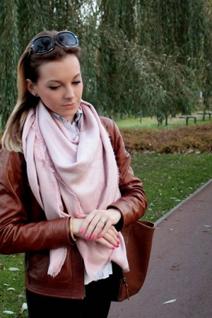 Caramel leather jacket and Louis Vuitton scarf
